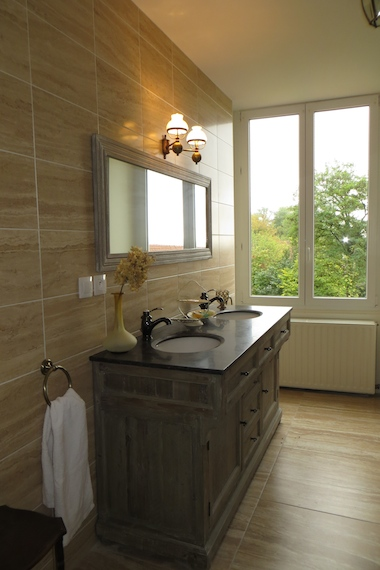 Bathroom in Le Bailli Chatelain